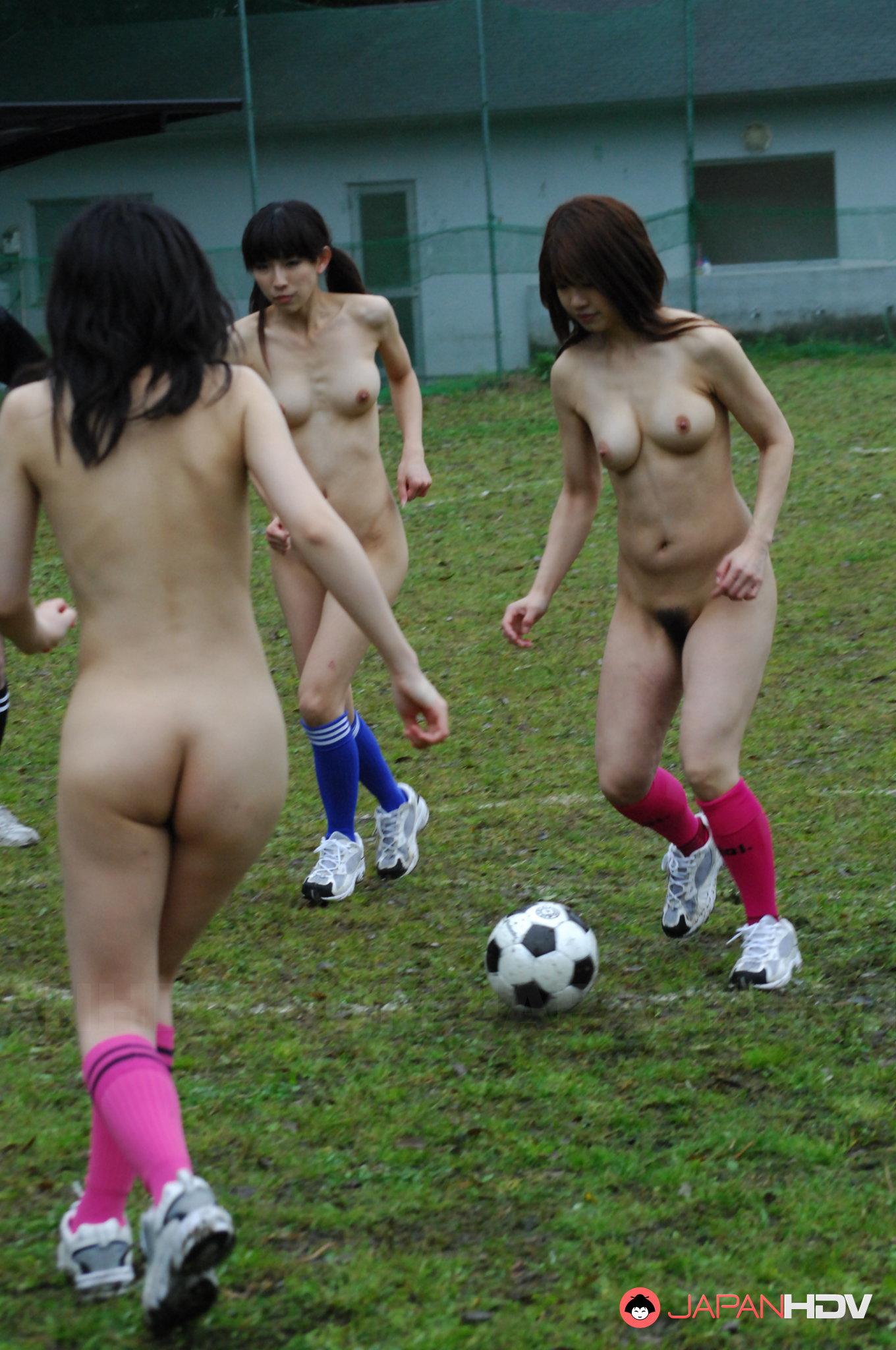 japanese girls playing soccer totally naked | japan hdv