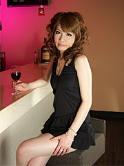 Charming asian babe shiori amano posing in the bar with pleasure. Pleasant Asian babe Shiori Amano posing in the bar with pleasure Read more!