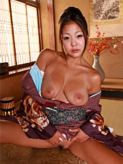 Inviting japanese gal shows her big naturals and that hairy twat. Pleasant Japanese gal shows her big naturals and that haired twat Read more!